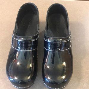 Koi by Sanita black Patent Clogs size 41